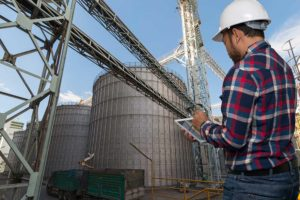 become an agricultural manager