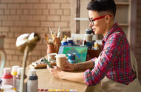 how to become a craft artist